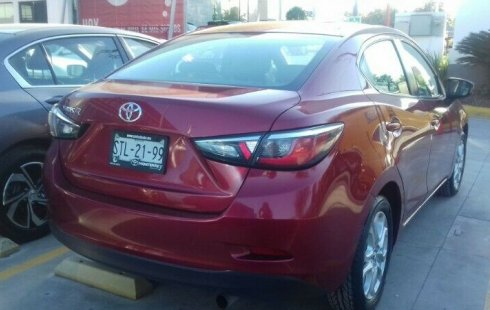 Vendo un Toyota Yaris