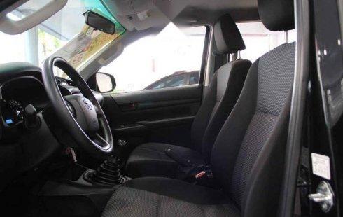 Carro Toyota Hilux 2019 en buen estadode único propietario en excelente estado