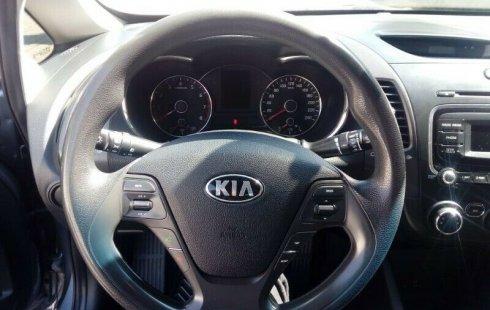 Se vende un Kia Forte de segunda mano