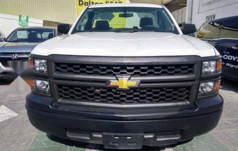 Pongo a la venta cuanto antes posible un Chevrolet Silverado que tiene todos los documentos necesarios