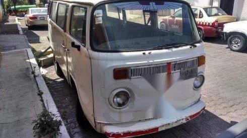 Se vende un Volkswagen Combi de segunda mano