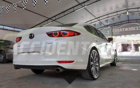 Mazda Mazda 3 2019 barato en Zapopan