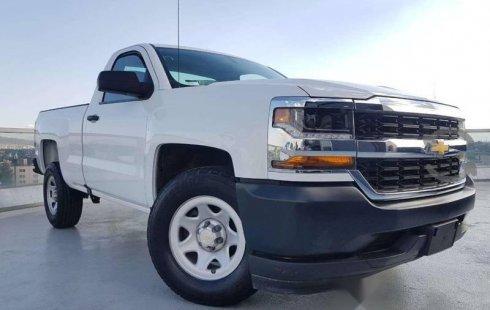 Chevrolet Silverado impecable en Iztacalco más barato imposible