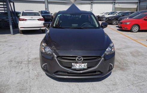 Se vende un Mazda Mazda 2 de segunda mano