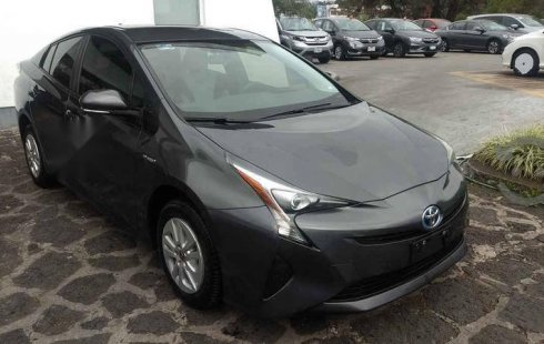 Toyota Prius 2017 impecable