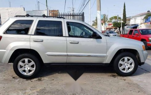 Un excelente Jeep Cherokee 2010 está en la venta