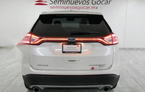 Un Ford Edge 2018 impecable te está esperando