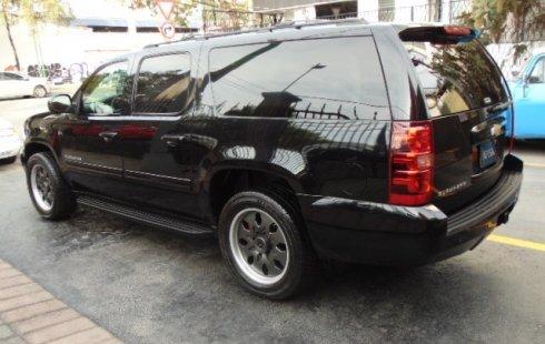 Chevrolet Suburban 2012 usado
