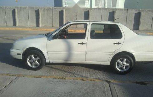 Se vende urgemente Volkswagen Jetta 1999 Manual en Puebla