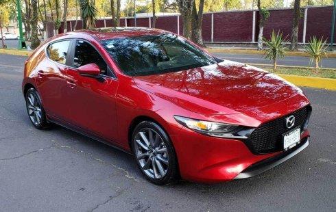 Quiero vender urgentemente mi auto Mazda Mazda 3 2019 muy bien estado