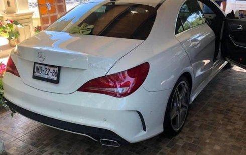 Quiero vender cuanto antes posible un Mercedes-Benz Clase CLA 2015