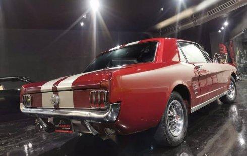 Quiero vender inmediatamente mi auto Ford Mustang 1966 muy bien cuidado