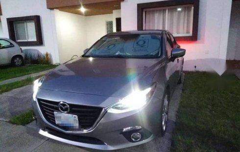 Vendo un carro Mazda Mazda 3 2014 excelente, llámama para verlo