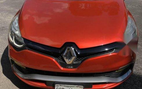 Pongo a la venta cuanto antes posible un Renault Clio en excelente condicción a un precio increíblemente barato