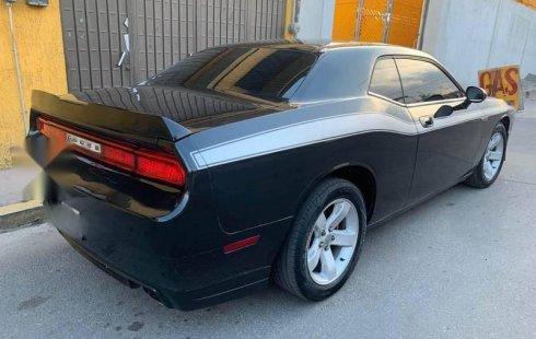 Vendo un Dodge Challenger impecable