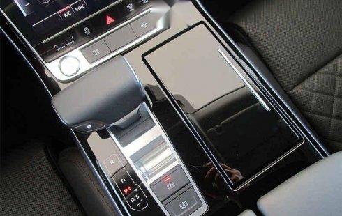 Se vende un Audi A8 2019 por cuestiones económicas