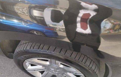 En venta un Cadillac Escalade 2015 Automático en excelente condición