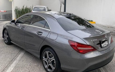 En venta un Mercedes-Benz Clase CLA 2018 Automático en excelente condición