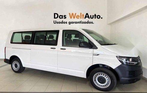 Vendo un carro Volkswagen Transporter 2019 excelente, llámama para verlo