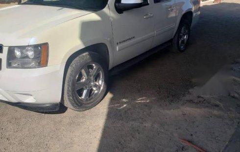 En venta carro Chevrolet Suburban 2011 en excelente estado
