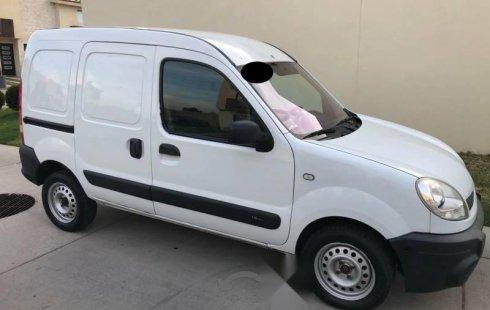 Auto usado Renault Kangoo 2014 a un precio increíblemente barato