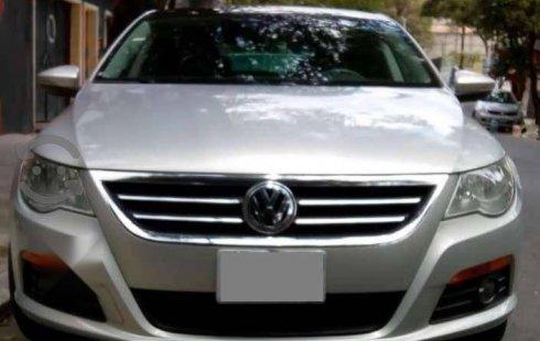 En venta un Volkswagen Passat 2010 Automático en excelente condición