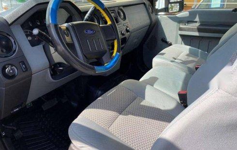 Ford F-550 impecable en Zapopan más barato imposible