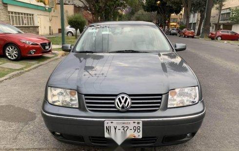 Carro Volkswagen Jetta 2005 en buen estadode único propietario en excelente estado