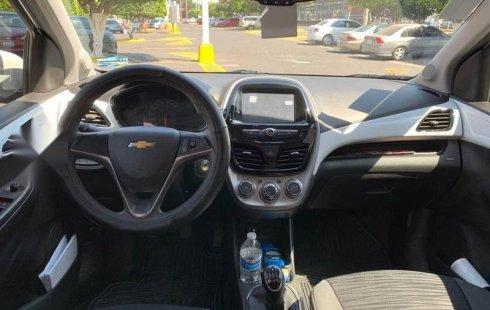 Vendo un carro Chevrolet Spark 2017 excelente, llámama para verlo