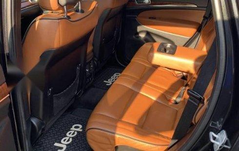 Carro Jeep Grand Cherokee 2012 en buen estadode único propietario en excelente estado