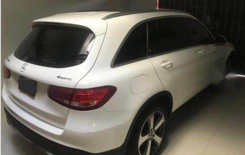 Pongo a la venta cuanto antes posible un Mercedes-Benz Clase GLC que tiene todos los documentos necesarios