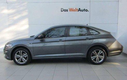 Carro Volkswagen Jetta 2019 en buen estadode único propietario en excelente estado
