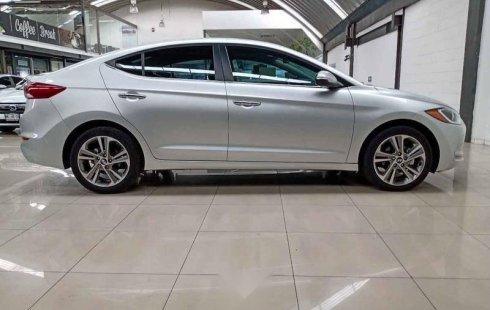 Quiero vender inmediatamente mi auto Hyundai Elantra 2017