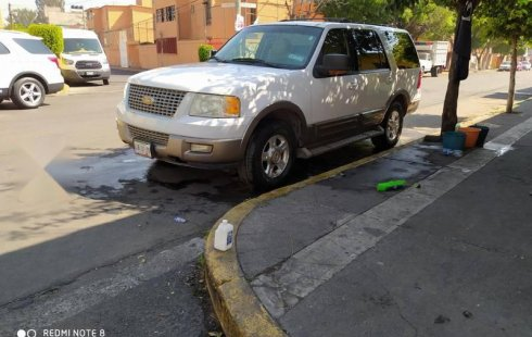Vendo un Ford Expedition