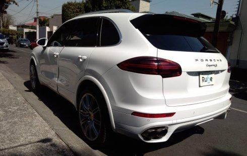 Quiero vender cuanto antes posible un Porsche Cayenne 2015