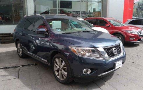 Pongo a la venta un Nissan Pathfinder en excelente condicción