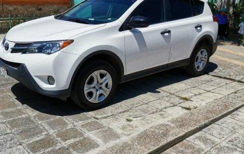 Quiero vender inmediatamente mi auto Toyota RAV4 2013