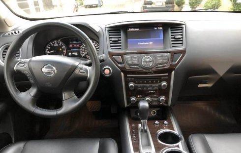 Vendo un Nissan Pathfinder en exelente estado