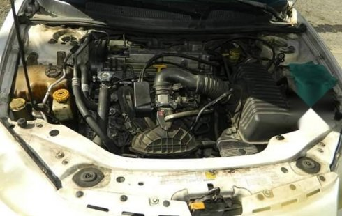 Precio de Dodge Stratus 2001