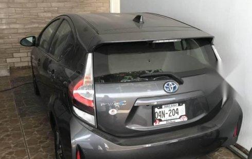 Auto usado Toyota Prius 2018 a un precio increíblemente barato