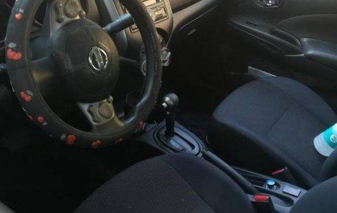 Un excelente Nissan Versa 2012 está en la venta