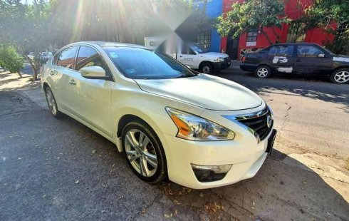 Nissan Altima 2013 impecable