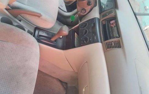 Auto usado Toyota Corolla 2005 a un precio increíblemente barato