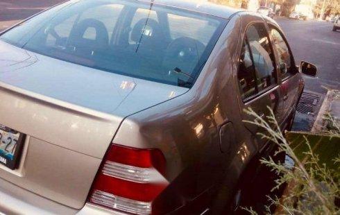 Quiero vender inmediatamente mi auto Volkswagen Jetta 2005
