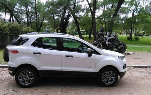 Se vende un Ford EcoSport 2013 por cuestiones económicas