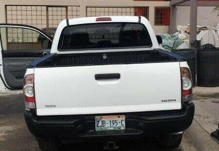 Quiero vender cuanto antes posible un Toyota Tacoma 2007