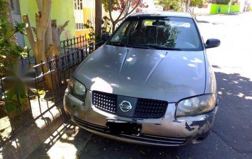 Se vende un Nissan Sentra 2006 por cuestiones económicas