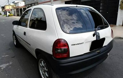 Carro Chevrolet Chevy 2003 en buen estadode único propietario en excelente estado
