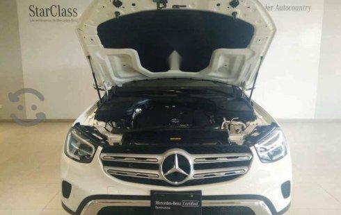 Quiero vender urgentemente mi auto Mercedes-Benz Clase GLC 2020 muy bien estado