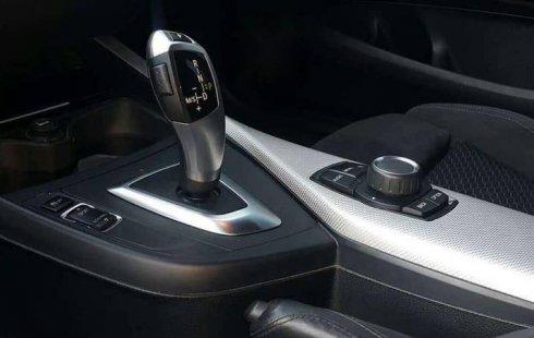 Quiero vender inmediatamente mi auto BMW Serie 1 2016 muy bien cuidado